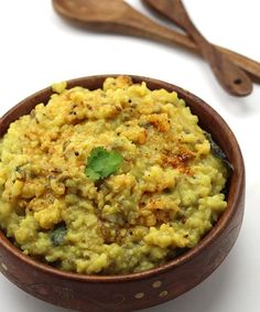 Vaghareli Khichdi - Gujarati Style Simple Rice Khichdi with Garlic Tadka - Tastes Best When Served With Curd and Pickle - Quick and Easy Dinner Recipe - with Step by Step Photo