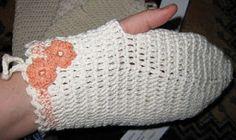 Käskori: Pesulappu, pesukinnas ja saippuapussi Fingerless Gloves, Arm Warmers, Diy And Crafts, Fingerless Mitts, Cuffs, Fingerless Mittens