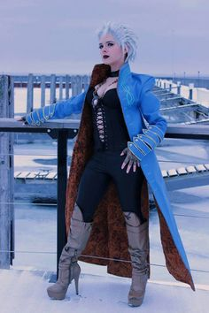 Vergil (Fem. Version) from Devil May Cry Cosplayer: Shtick Cosplay