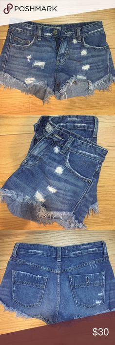 Free People Denim Shorts Distressed low rise cut offs! Perfect for the summer or with a tee! Free People Shorts Jean Shorts