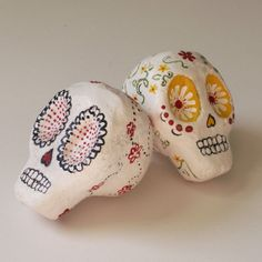 Items similar to Day of the Dead Skull - papier mache sculpture decoration on Etsy