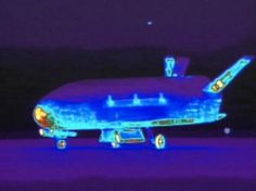 Evidência de um programa espacial 'Top-Secret'? Mistério da FAA e o avião espacial X-37B agora 700 dias no espaço.