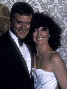 Larry Hagman Linda Gray 8x10 Photo