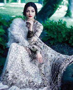 Bollywood Ishtyle — bollymusings: Aishwarya Rai Bachchan for. Indian Celebrities, Bollywood Celebrities, Bollywood Fashion, Bollywood Actress, Mangalore, Indian Dresses, Indian Outfits, Look Fashion, Indian Fashion