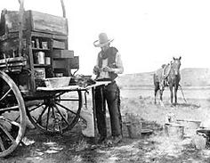 The photographer, Erwin E. Smith, stopping at the chuck wagon for a cup of coffee. LS Ranch, Texas, 1907 the original tailgating party! Old West Photos, Old Wagons, Real Cowboys, Into The West, Vintage Poster, Vintage Menu, Cowboy And Cowgirl, Cowboy Pics, Cowboy Images