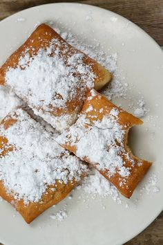 You will be eating beignets in minutes with this easy homemade beignets recipe. Super yummy.