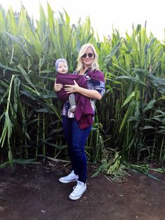great tips for what baby wearing carrier is right for you, and why she loves the ring sling (and which one!)