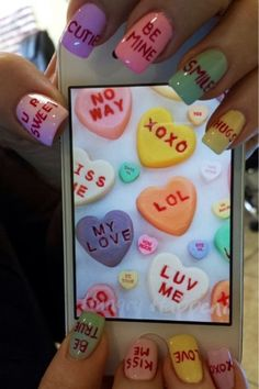 cute-valentine-nail-designs-new-easy-pretty-home-manicure-ideas (22)