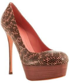 I normally don't like snake print anything but i would rock these ones. :) Alexander McQueen pink 'Optic Snake' platform pumps | BLUEFLY up to 70% off designer brands - StyleSays