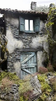 Old Doors, Windows And Doors, Abandoned Buildings, Abandoned Places, Diorama, Mother Painting, Pottery Houses, Vintage Doors, House On The Rock