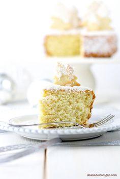 ... torta soffice al cocco e rhum ...