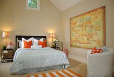 Dê um look de verão ao seu quarto trocando as almofadas e o tapete. Ambiente by DesignKastle
