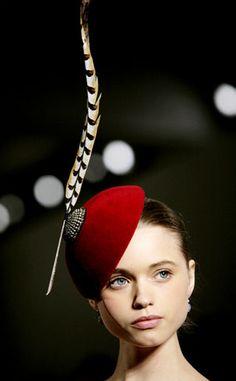 ⍙ Pour la Tête ⍙ hats, couture headpieces and head art - feather