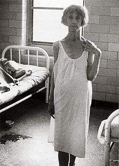 Richard Avedon.- Mental institution, East Louisiana State Mental Hospital, Jackson, Louisiana, February 15, 1963.