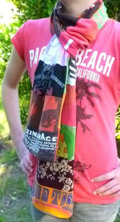 23 things to make from old t-shirts 23 coisas para fazer com camisetas velhas – Domesblissity Band T Shirts, Old Shirts, Old T Shirt Diy, Diy Clothing, Sewing Clothes, Clothes Refashion, Recycled Clothing, Sewing Hacks, Sewing Projects