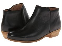SoftWalk - Rocklin (Black Tumbled Leather) Women's  Shoes