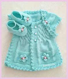 Discover thousands of images about Hermoso chaleco de bebe color turqueza con botines y cintillo.lace baby jacket knit with crochet accents from asian magazine found in russian site httpwwwliveinternetruusersbaby charts included - PIPicStatsThis Pin Knitting For Kids, Baby Knitting Patterns, Baby Patterns, Knitting Ideas, Baby Girl Vest, Baby Dress, Baby Baby, Girls Sweaters, Baby Sweaters
