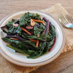 How to Eat the Beet from Root to Leaf — Just Beet It Beet Leaf Recipes, Beet Green Recipes, Stir Fry Recipes, Cooking Recipes, Beets Nutrition, Healthy Green Smoothies, Greens Recipe, Beetroot, Green Beans