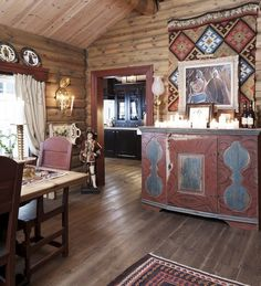 From The Essence of The Good Life blog on blogspot. A Norwegian mountain cabin. Love it.