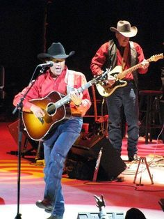 2011 Louisville KY Photo by Country Musicians, Country Artists, Joyce Taylor, George Strait Family, Emotional Rescue, Country Bands, Donny Osmond, Miranda Lambert, King George