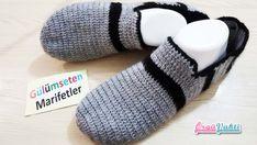 Design of male booties / Patterned booties - Knitting 2019 - 2020 Knit Shoes, Crochet Shoes, Crochet Slippers, Sock Shoes, Pinterest Crochet, Crochet Men, Ballerina Slippers, Viking Tattoo Design, Sunflower Tattoo Design