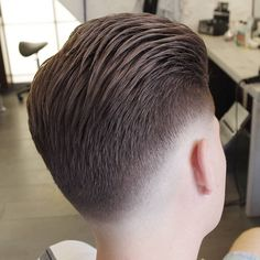 Low Fade Haircuts http://www.menshairstyletrends.com/low-fade-haircuts/ #menshairstyles #menshaircuts #hairstylesformen #popularhairstylesformen #haircuts  #menshairstyles2017  #lowfades #fadehaircuts #lowfadehaircuts #skinfades