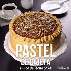 Video de Pastel de Cajeta Try this unique and delicious cajeta cake, prepared with a fluffy bread and stuffing and Baking Recipes, Cookie Recipes, Dessert Recipes, Mexican Food Recipes, Sweet Recipes, Delicious Desserts, Yummy Food, Kolaci I Torte, Love Food