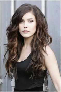Trendy, Long Hairstyles for Side Bangs: Wavy Haircuts for Girls and Women   Popular Haircuts