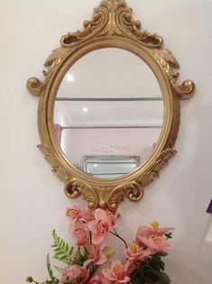 We love the pink and gold theme. Our gold edge mirror from Elizabeth Kate Bridal Crowle, Scunthorpe Prom Dress Shopping, Designer Wedding Dresses, Pink And Gold, Interior And Exterior, Flower Girl Dresses, Bridesmaid, Bridal, Mirror, Luxury
