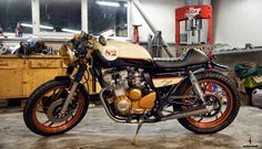 YAMAHA XJ550 - MAD SPARK - ROCKETGARAGE