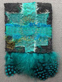 Broche textile originale . Création bleu/vert par VeronikB sur Etsy