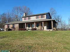 #Somerset #NewListing on more than 15 acres!    17.5 ACRES MOSTLY FENCED WITH 2 LARGE POLE BARNS AND PLENTY OF ROOM FOR LIVESTOCK. 3 BEDROOOMS AND 2 FULL BATHS UP. MAIN LEVEL HOSTS A LARGE EAT IN KITCHEN WITH BREAKFAST AREA, FORMAL DINING, LIVING ROOM WITH STONE FIREPLACE, LARGE FAMILY ROOM WITH TONS OF WINDOWS/SLIDERS, 1/2 BATH AND LAUNDRY, FULL WALKOUT BASEMENT PARTIALLY FINISHED WITH DEN, REC ROOM AND UTILITY AREA AND 1/2 BATH, 2 CAR ATTACHED GARAGE, REAR DECK & FRONT PORCH
