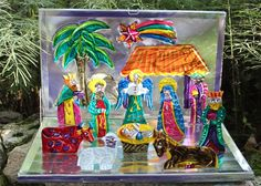 Mexican Pop Up Tin Nativity Set Folding - Feliz Navidad - Folk Art - Christmas