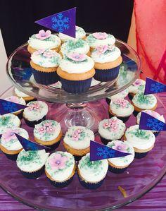 Ana Frozen mini cupcakes