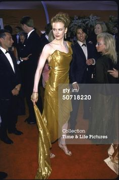 Actress Nicole Kidman at Academy Awards. (Photo by Mirek Towski/DMI/Time Life Pictures/Getty Images)