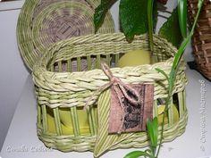 Поделка изделие 8 марта Плетение Бамбук Трубочки бумажные фото 1