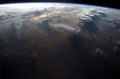 A view to put the mind at ease ~ shot taken by Col. Chris Hadfield on May from the International Space Station Back Photos, Cool Photos, Chris Hadfield, Earth View, Earth Photos, Earth From Space, Space And Astronomy, Upload Pictures, Natural Wonders