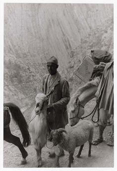 Henri Cartier-Bresson - Kashmir. 1948.