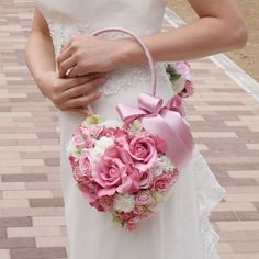 sweetest idea ever! If I ever get married again, this is what I'll carry as my bouquet!