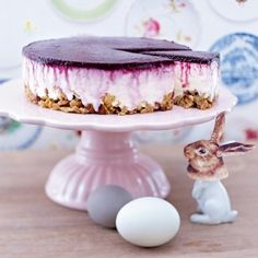 Das Rezept für Blueberry-Cream-Cheesecake mit Crunchyboden und weitere kostenlose Rezepte auf LECKER.de
