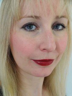 Yves Rocher - Rouge Brillance Lippenstift (Schwarzkirsche)