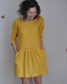"""123 Likes, 4 Comments - Caro-Line (@redpoppyline) on Instagram: """"Celle que je peux enfin porter : ma robe Alysse de @slow_sunday_paris  en double gaze (provenant de…"""""""