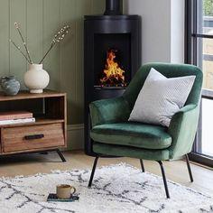 📷 @snookphotograph for @vestainteriordesign Your Space, Habitats, Accent Chairs, Minimalist, Interiors, Living Room, Interior Design, The Originals, Modern