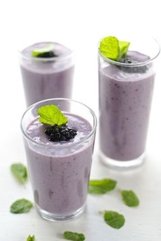 7. Vanilla Blackberry Smoothie
