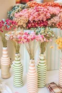 Glass Bottle Crafts, Wine Cork Crafts, Wine Bottle Display, Baby Shower Decorations, Table Decorations, Display Design, Diy Party, Diy And Crafts, Projects To Try