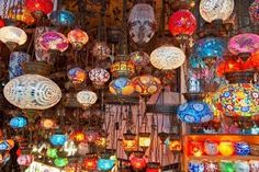 Tiendas De Gran Bazar De Estambul. Turquía. Fotos, Retratos, Imágenes Y Fotografía De Archivo Libres De Derecho. Image 8785217.