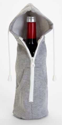 zip it up wine bottle hoodie  http://rstyle.me/n/utdnipdpe