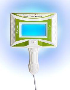 Clientii din centrele Nomasvello beneficiaza gratuit de diagnoza faciala cu lampa cu ultraviolete inainte de orice tratament faciale. Aceasta consultanta personalizata ajuta specialistii Nomasvello sa stabileasca exact tipul de ten si problemele cu care se confrunta acesta, pentru un tratament eficient.