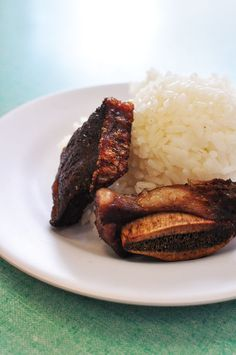 Helena's Hawaiian Food - 1240 N School St, Chinatown, Honolulu