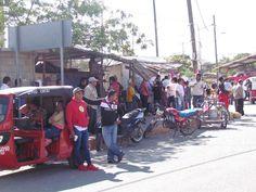Red de vecinos afectados por el sismo exigen una mesa con el Gobierno.